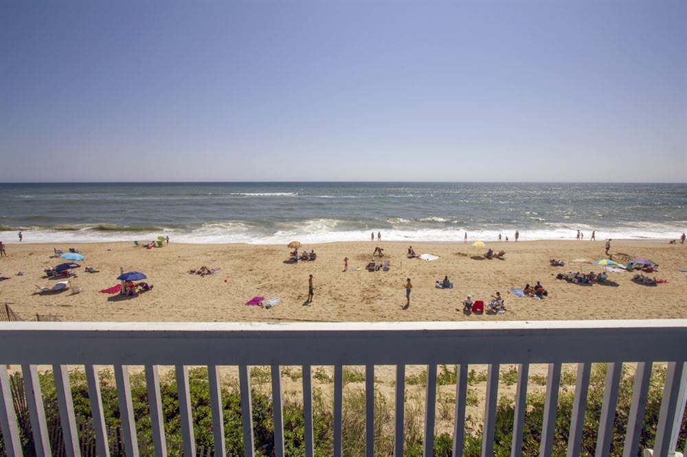 View of the beach at our Oceanfront Montauk Hotel